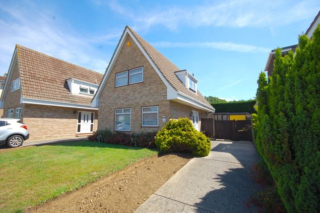 Thumbnail Detached house for sale in Westerdale, Springfield, Chelmsford