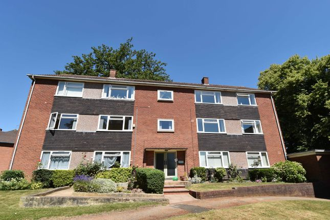 Thumbnail Flat to rent in Ramsden Close, Selly Oak, Birmingham