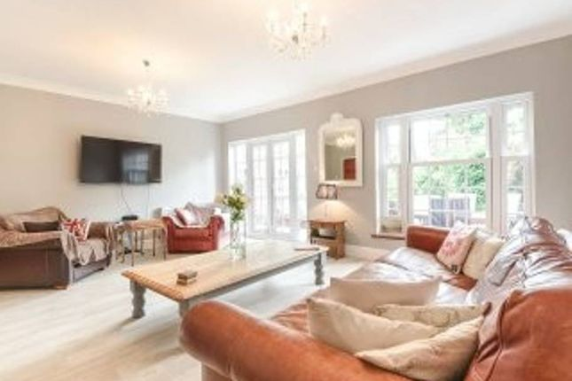 Thumbnail Detached house to rent in Hillcroft Crescent, London