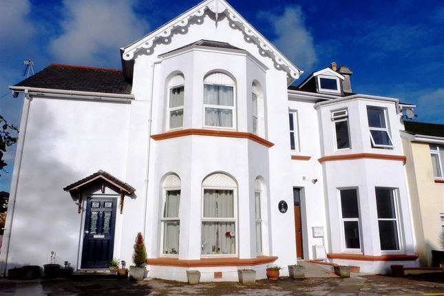 Thumbnail Property to rent in Grosvenor Road, Paignton
