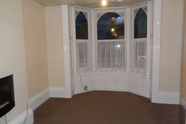 Thumbnail Flat to rent in 7 Quay Road, Bridlington