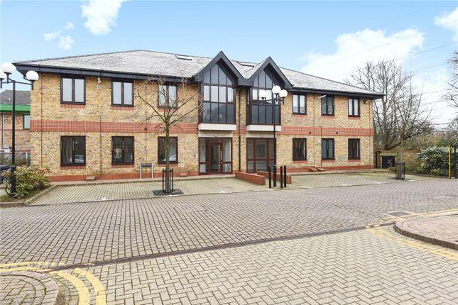 Thumbnail Flat for sale in Montrose House, Hanworth Lane, Chertsey, Surrey