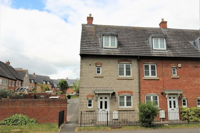 Thumbnail End terrace house to rent in Marlborough Road, Swindon