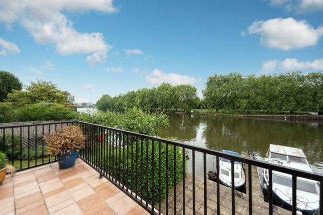 Thumbnail Flat for sale in Lower Teddington Road, Hampton Wick, Kingston Upon Thames