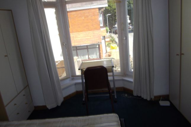 Thumbnail Shared accommodation to rent in 28 Glanbrydan Avenue, Swansea