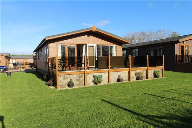 Thumbnail Property for sale in 57 Meadow View, Carnforth