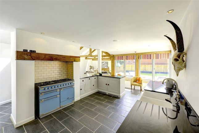 4 bed detached house for sale in Long Toll, Woodcote, Reading, Oxfordshire