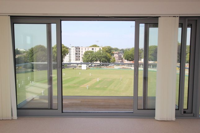 Thumbnail Flat for sale in Leeward House, Discovery Road, Mount Wise, Plymouth