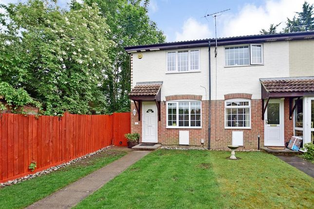 Thumbnail End terrace house for sale in Brewers Field, Dartford, Kent
