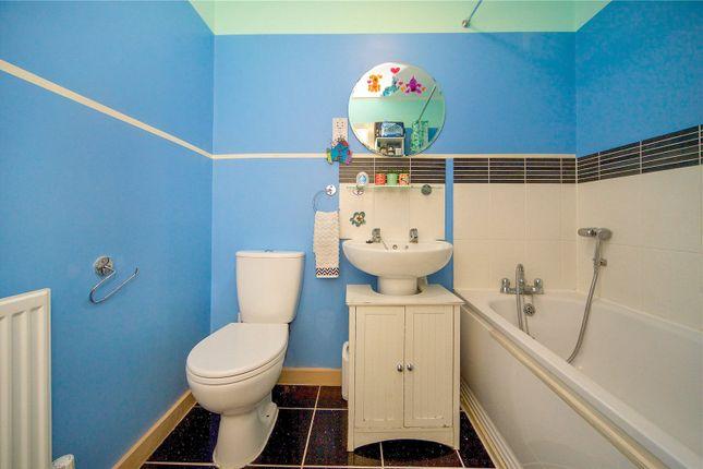Family Bathroom of Cameron Crescent, Burnt Oak, Edgware HA8