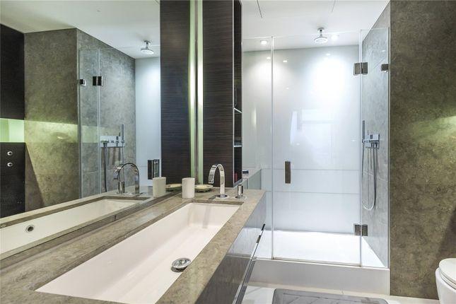Bathroom 1 of Pan Peninsula Square, London E14