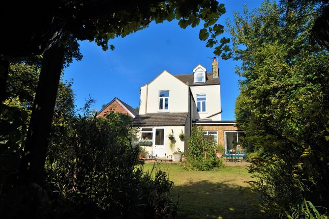 Thumbnail Detached house to rent in Weston Road, Rochester, Kent