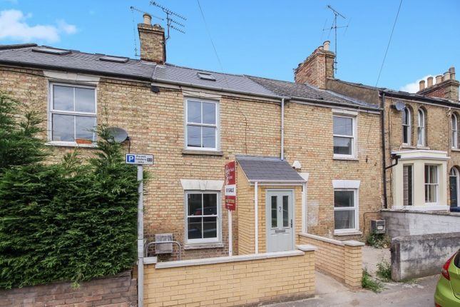 Thumbnail Terraced house for sale in Bullingdon Road, Oxford