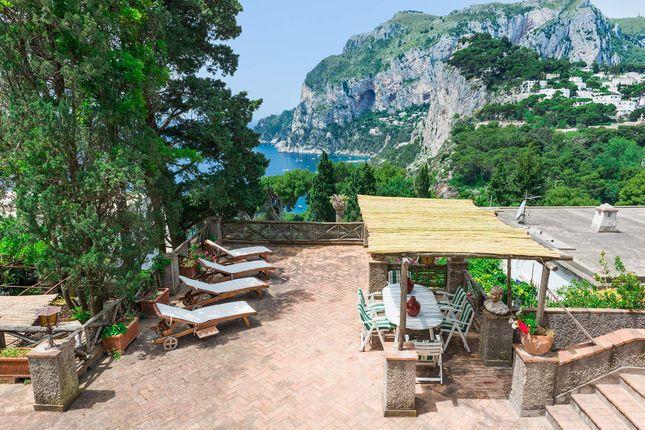 Town house for sale in Via Tragara, 80073 Capri Na, Italy