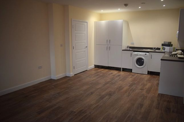 Thumbnail Flat to rent in Artisan Place, Harrrow