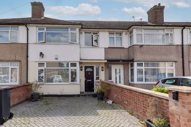 Thumbnail Terraced house for sale in Cambourne Avenue, Edmonton