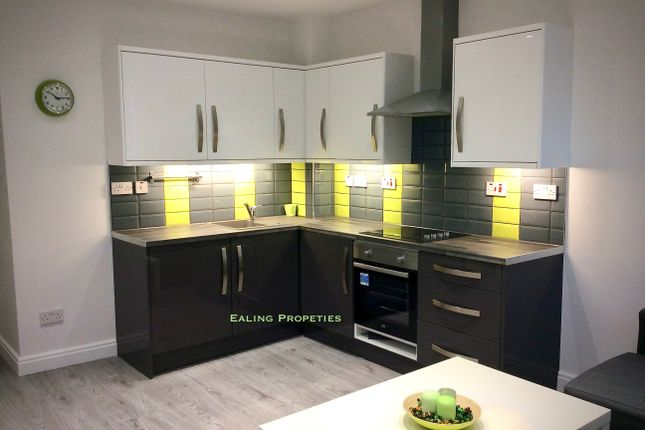 Thumbnail Maisonette to rent in Chaplin Road, Wembely