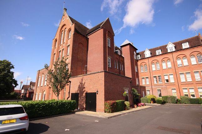Thumbnail Flat to rent in Salisbury Close, Crewe