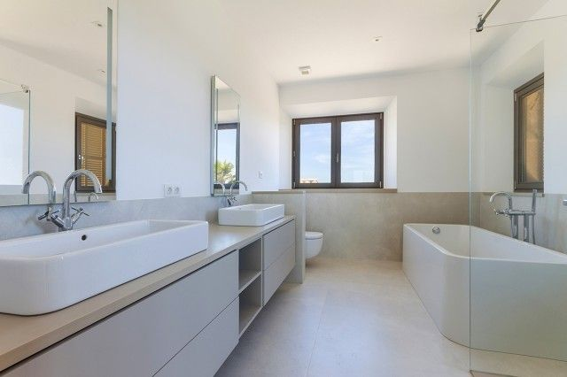 Bathroom of Spain, Mallorca, Ses Salines