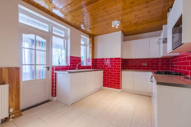 Thumbnail Detached house to rent in Prince Regent Lane, Canning Town