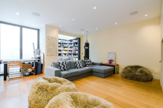 Reception Room of Dorlcote Road, Wandsworth, London SW18
