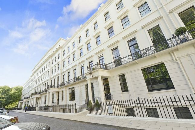Thumbnail Flat for sale in Hyde Park Gardens, London