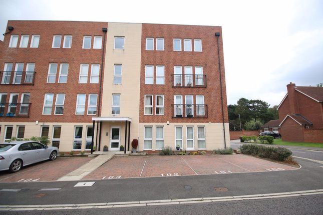Thumbnail Flat to rent in Glaisdale Court, Darlington