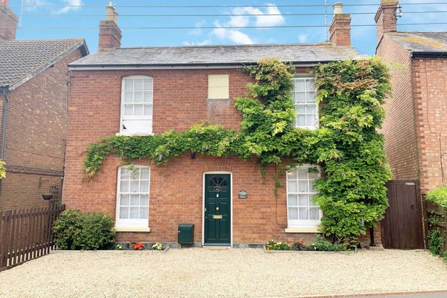 Thumbnail Detached house for sale in Quainton Road, Waddesdon