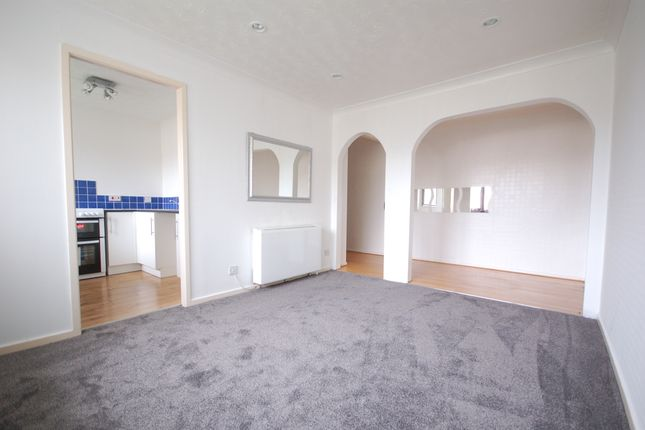 Thumbnail Studio to rent in Dalkeith Avenue, Blackpool