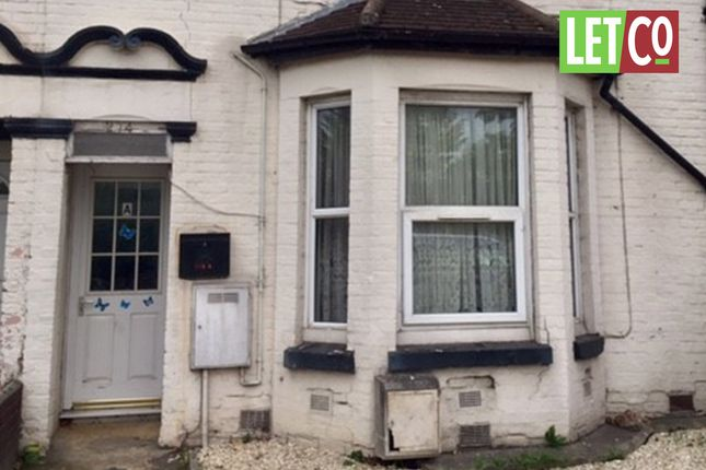Thumbnail Flat to rent in Southampton Road, Eastleigh