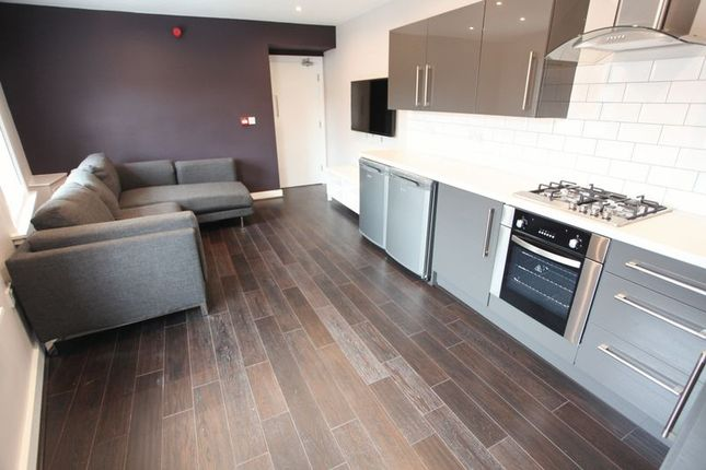 Thumbnail Property to rent in Clarence Street, Liverpool