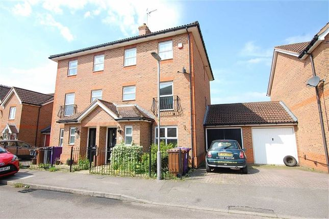 Thumbnail Semi-detached house to rent in The Beacons, Stevenage, Hertfordshire