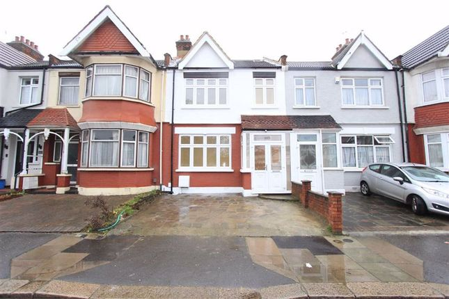 Thumbnail Property for sale in South Park Drive, Ilford, Essex