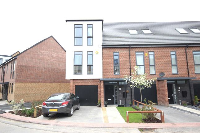 Thumbnail Property for sale in Heartswood Road, Bentley, Doncaster
