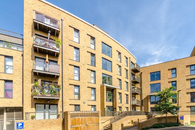 Thumbnail Flat for sale in Connersville Way, Purley Way
