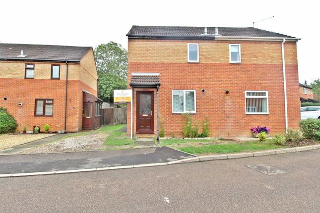 Thumbnail Semi-detached house to rent in Richborough, Bancroft, Milton Keynes