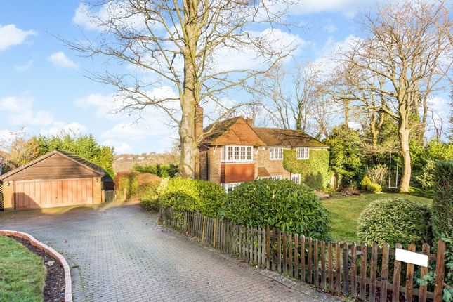Thumbnail Detached house to rent in Beulah Walk, Woldingham, Caterham