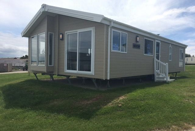 Thumbnail Mobile/park home for sale in Willerby Portland, Widemouth Fields, Bude