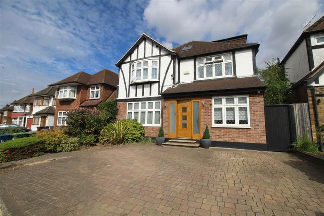 Thumbnail Property to rent in Pangbourne Drive, Stanmore
