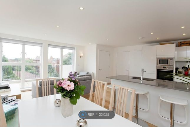 Thumbnail Flat to rent in Carpenters Place, London