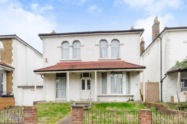 Thumbnail Detached house to rent in Beulah Road, Thornton Heath