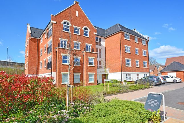 Thumbnail Flat for sale in The Tannery, Arundale Walk, Horsham