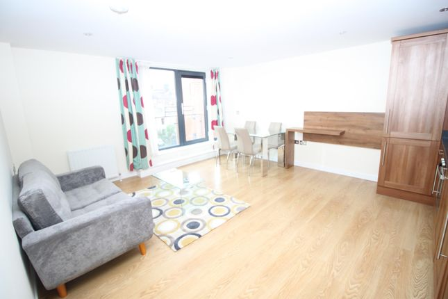 Flat to rent in Flat 44 Victoria House, 50 - 52 Victoria Street, Sheffield