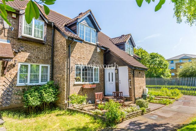 Thumbnail Property for sale in Mahon Close, Enfield