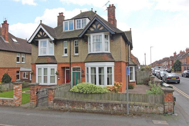 5 bed semi-detached house for sale in Jemmett Road, Ashford, Kent