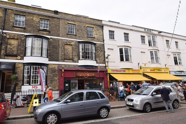 Thumbnail Flat to rent in Frederick Place, Weymouth