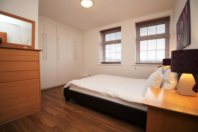 Bedroom of City Gate, 95-107 Southampton Street, Reading, Berkshire RG1
