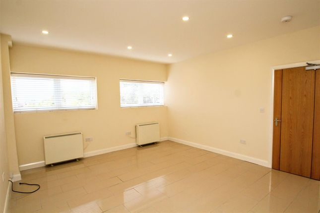Kitchen / Lounge of London Road, Cowplain, Waterlooville PO8