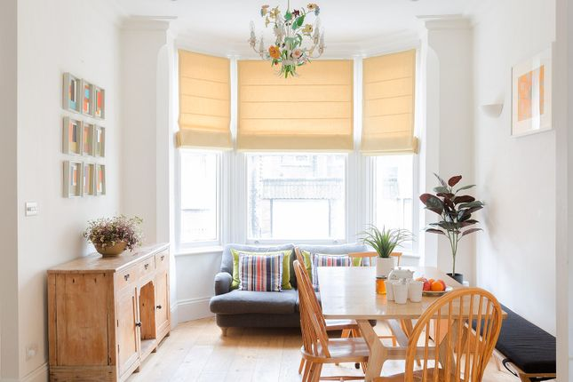 Thumbnail Flat to rent in Vauxhall Grove, London