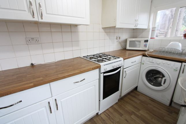 Thumbnail Semi-detached house to rent in Ashbourne Road, Mitcham